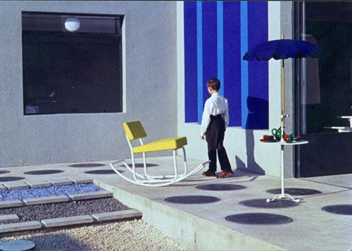O pequeno Gérard e a Cadeira de Baloiço. Foto: Direitos Reservados
